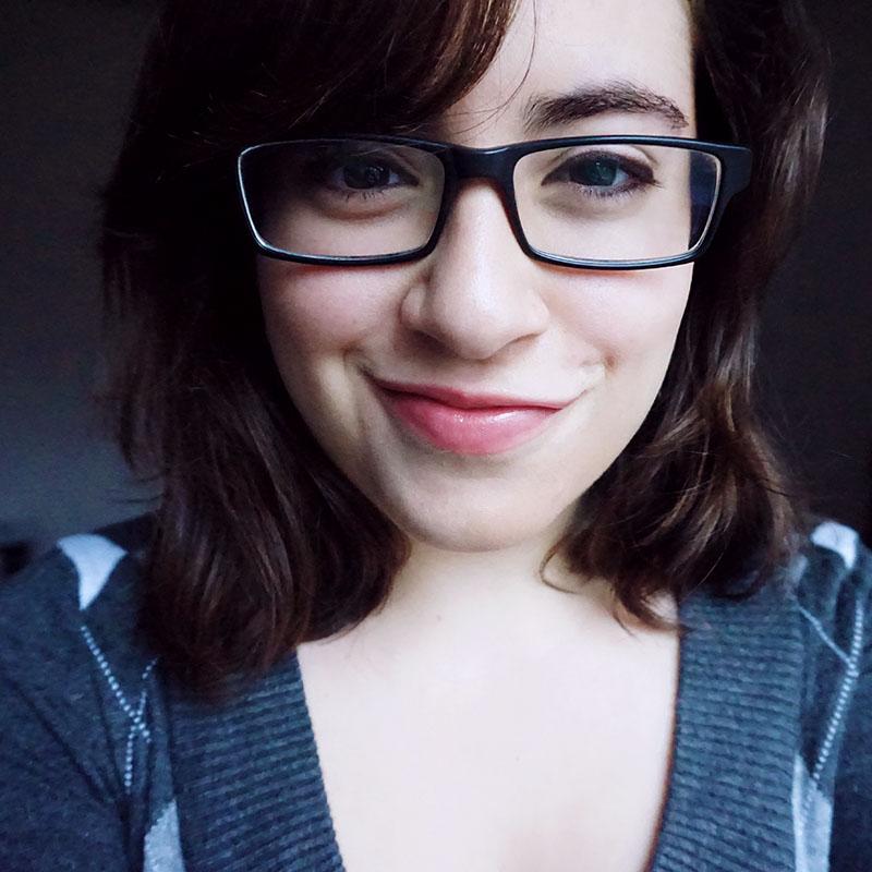 elise-xavier-glasses