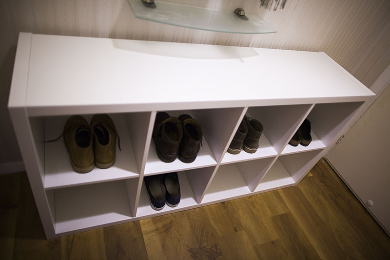 ikea-kallax-unit-as-shoe-rack-in-entrance-hallway